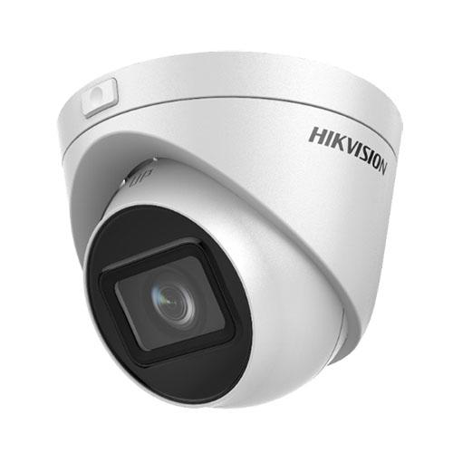 """Turret 4K (3840x2160pixel) a 12.5fps, di tipo Day&Night con filtro IR meccanico</br>- Illuminatori IR integrati sino a 30m, sensore CMOS a scansione progressiva </br>1/2.5"""", sensibilità 0.01 Lux F2.0 con AGC attivo, WDR 120DB, 3D-DNR, BLC</br>- Ottica motorizzata 2.8-12mm, algoritmo di compressione H.265+, H.265, H.264+, </br>H.264, Dual Stream</br>- Funzioni Smart: ROI. standard ONVIF, protocolli TCP/IP, ICMP, HTTP, HTTPS, </br>FTP, DHCP, DNS, DDNS, RTP, RTSP, RTCP, UDP, NTP, UPnP, SMTP, SNMP, IGMP, 802.1X,</br> QoS, IPv6, Bonjour.</br>- Modalità """"Rotate"""" di inquadratura in 9:16. Supporta registrazione locale su </br>NAS (NFS, SMB/CIFS), Scheda di rete Ethernet 100Mbps.</br>- Notifica all'NVR Smart per una ricerca avanzata delle registrazioni, notifica </br>al sw di centralizzazione, invio email. Supporta accesso a Hik-Connect.</br>- Webserver di tipo multibrowser, pulsante di reset, heartbeat, alimentazione </br>12Vdc oppure PoE 802.3af, 7W, IP67, temperatura di esercizio da -30°C a +50°C.</br>"""